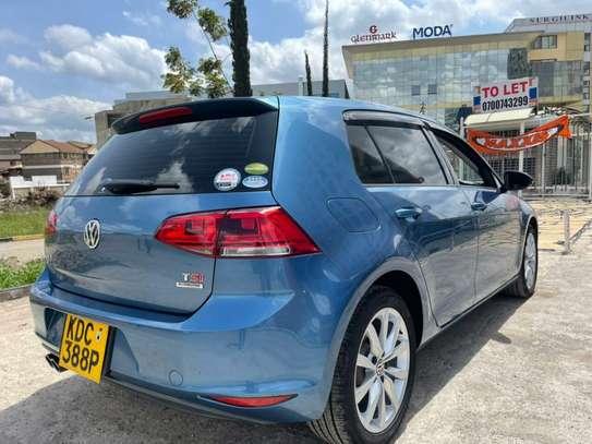 Volkswagen Golf image 15