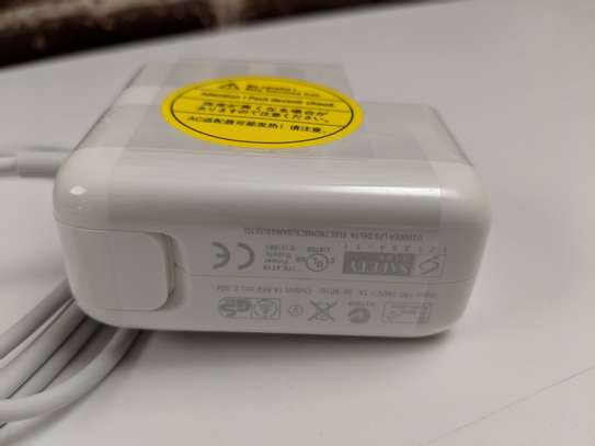 MacBook Air MagSafe 2 45W Power Charger image 1