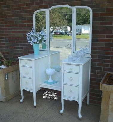 Twin dresser/dressing table with mirror image 1