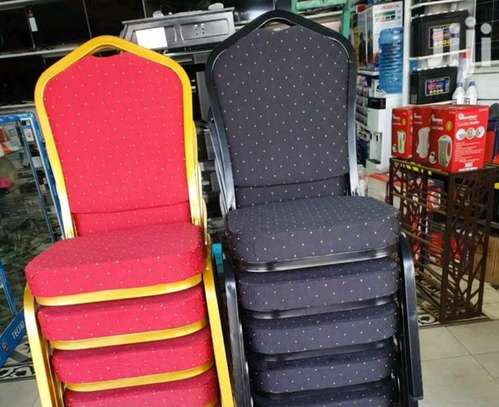 Rest chairs 3.50 image 1