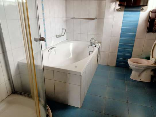 Furnished 4 bedroom house for rent in Gigiri image 8