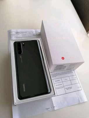 Huawei P30 Pro 512 Gigabytes image 3