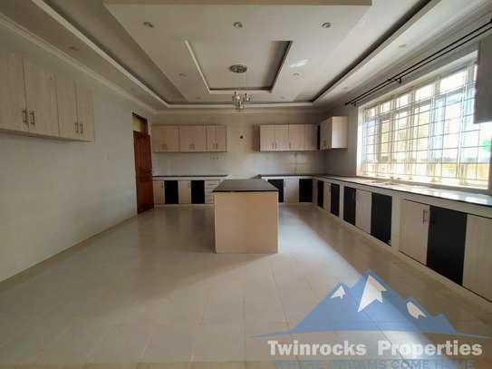 3 bedroom apartment for rent in Karen image 8