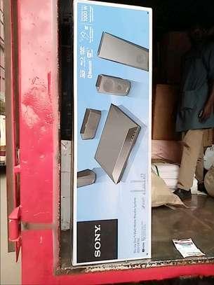 Sony BDV- E4100 blue ray stereo system 5.1ch 1000watts image 1