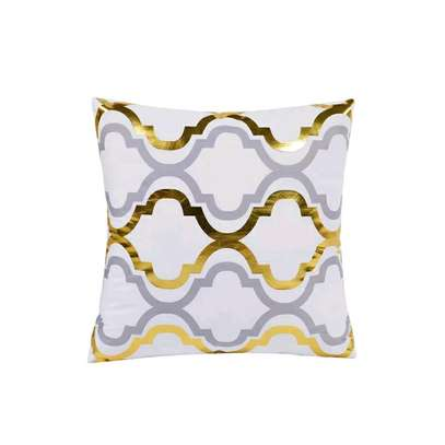 GOLD THROWPILLOWS AND CASES image 1