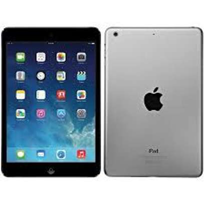 Apple iPad 2 (Wi-Fi Only) 2gb ram 16gb storage