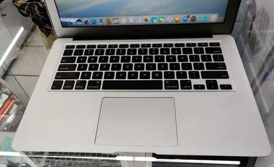 MacBook air 2015  core i5  8gb 256gb image 1