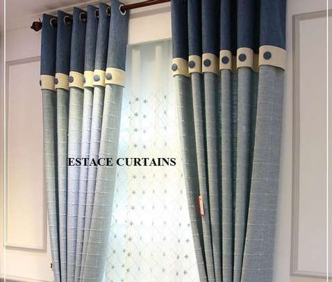 Heavy curtains image 2