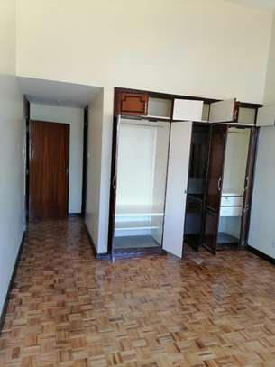 5 bedroom townhouse for rent in Waiyaki Way image 19