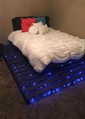 Glowing Pallet Bed image 1