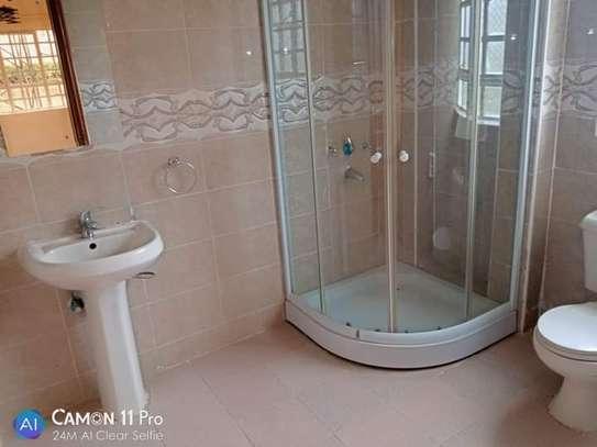 TO LET: NYARI ESTATE 5 BEDROOMS MANSION image 11