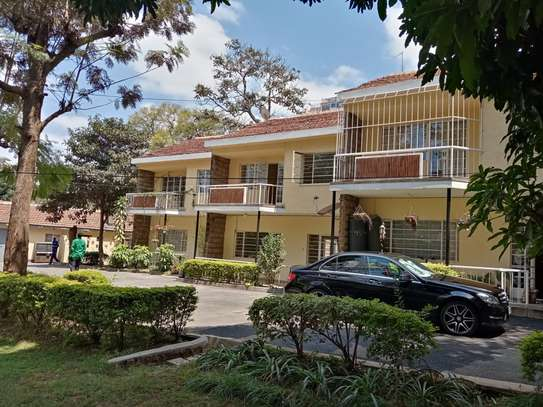 3 bedroom townhouse for rent in Kilimani image 13