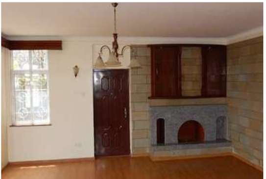 5 bedroom townhouse for rent in Spring Valley image 7