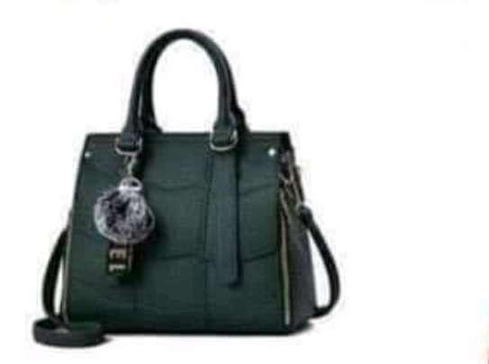 Single handbags