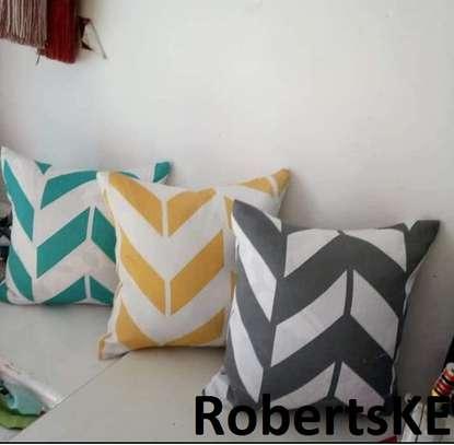 white grey throw pillows image 1