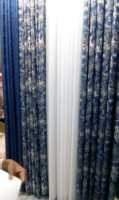 Curtains and throw pillows for sale image 3