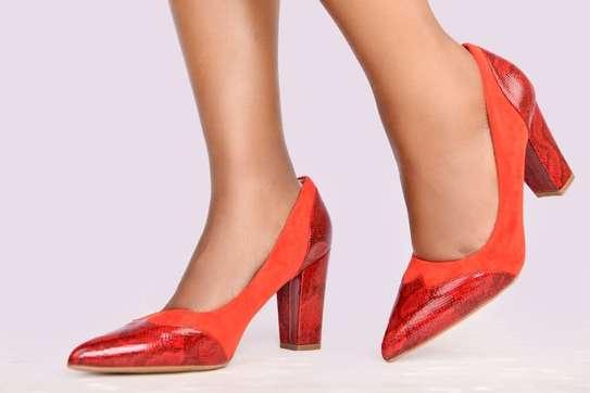 Chunky closed heels image 3