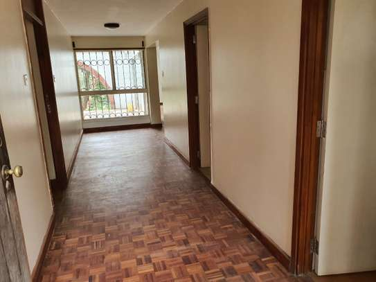 4 bedroom spacious house in Runda image 9