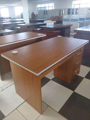 Executive office desks image 2