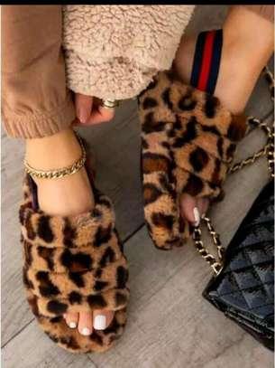 Sandals pink, black, brown image 1