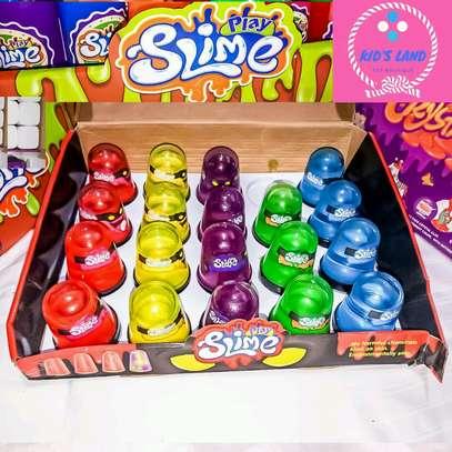 Slime play image 1