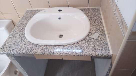 granite countertops'.; image 7