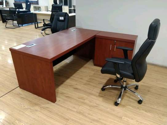1.8 Meters Executive Desk image 1