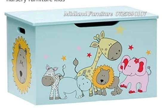 Baby toy box / kids toy box image 5