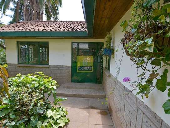 1 bedroom house for rent in Kilimani image 5
