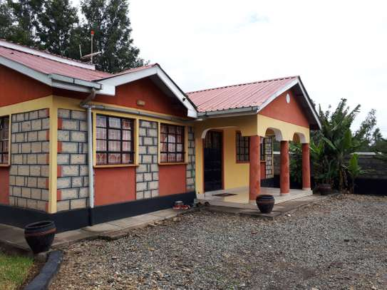 4 bedroom bungalow house for sale