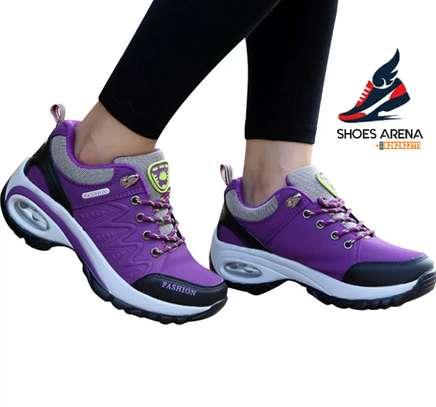 Fashion sneakers image 6