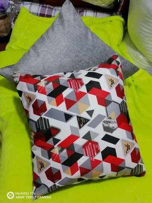 Complete Throw pillow Set image 12
