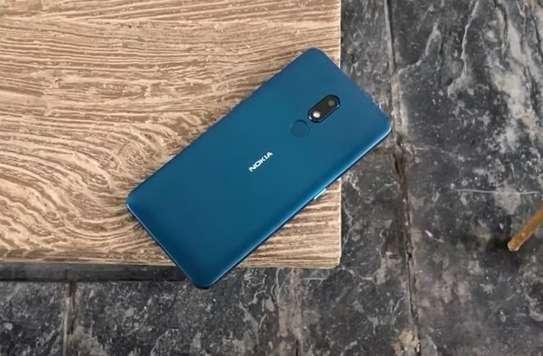 Nokia C3 image 2