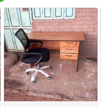Laptop office work desk plus a medium back office chair B44X image 1