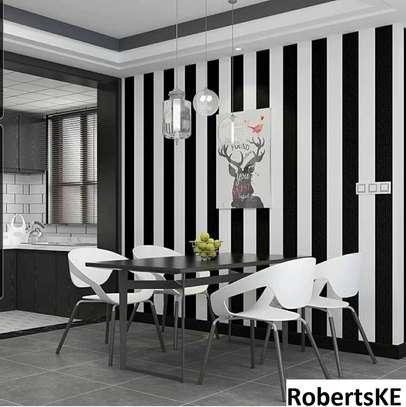 Black and white Wallpaper image 1