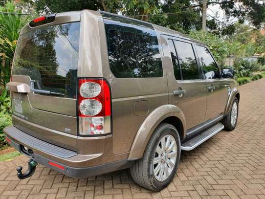 Land Rover Discovery IV image 7