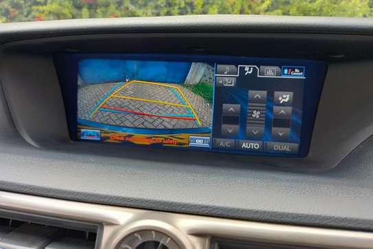 Lexus GS 450h image 6