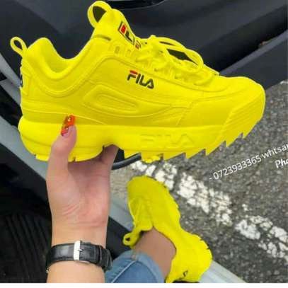 Fila and fashion shoes image 2