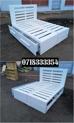 Versatile Functional Quality 5 by6 Pallet Bed image 1