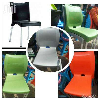 Stackable Outdoor/Hotel Plastic Chairs image 2