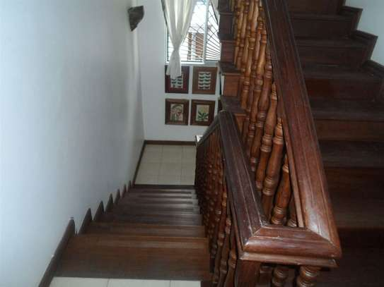 4 bedroom house for sale in Mkomani image 15