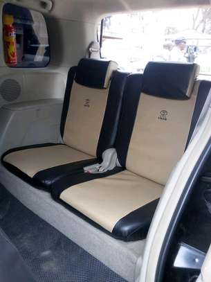 ISIS CAR SEAT COVERS image 3