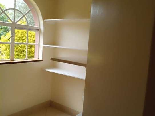 Karen - House image 9