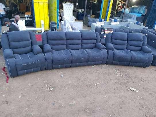 New 3 2 1 recliner sofa image 1