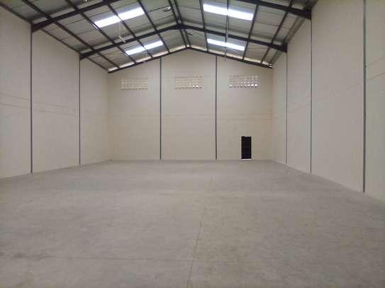 warehouse for rent in Utawala image 7