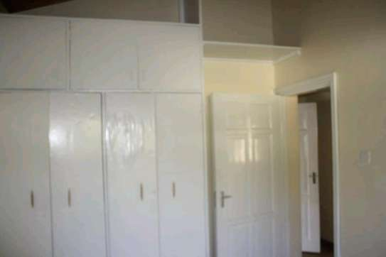 Low cost 3 br Bungalows image 3