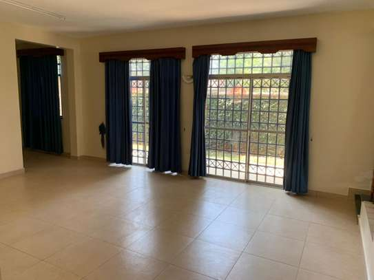 4 bedroom townhouse for rent in Lavington image 19