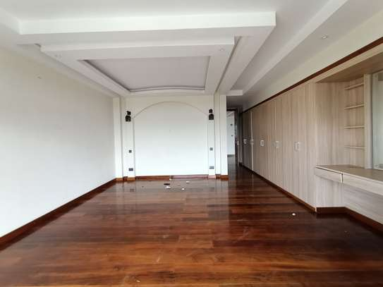 4 bedroom apartment for rent in Kileleshwa image 11