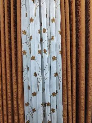 HIGH QUALITY PLAINS CURTAINS  AND SHEERS DIFFERENT COLOUR PER METER FROM 850 TO 1000 image 3