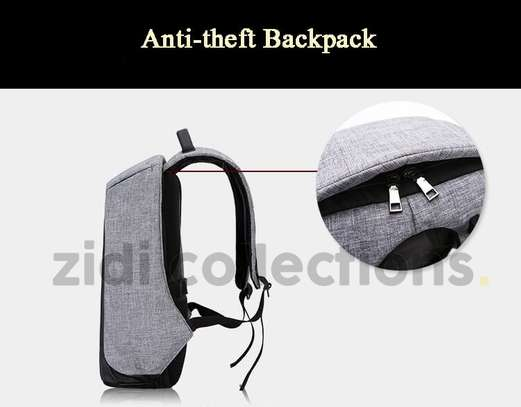 Bobby Design Anti-theft High Quality Laptop Backpack – USB Charging image 6